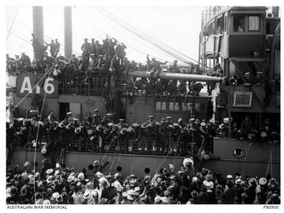 HMAT 'Port Melbourne ' A16 21.10.1916. Photographer Barnes Josiah, photograph source AWM PB0900