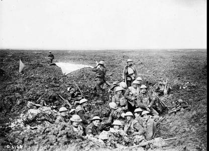 28th Bn establishing a Signal Station at Vimy Ridge April 1917. Photgraph from the Canada Dept of National Defence, Library and Archives Canada, PA-0001096