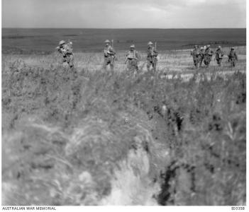 4th Pioneers moving to trenches at Le Verguier Sept. 1918. Photographer unknown, photograph source AWM E03358