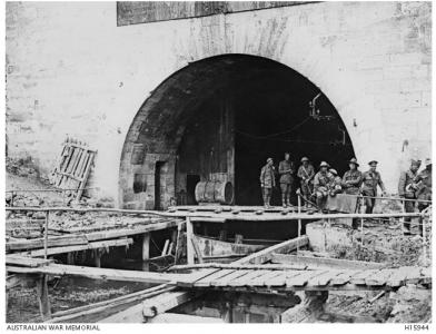 Allied soldiers at the entry to the St.Quentin Canal, October 1918. Photographer unknown, photograph source AWM  H15944