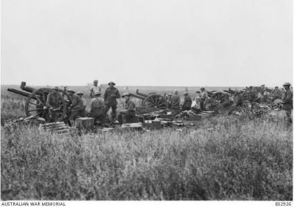 Artillery line at Villers-Bretonneux 1918. Photographer unknown, photograph source AWM E02926