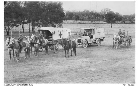 Australian Army Medical Corps. Photographer unknown, photograph source AWM P04193.002