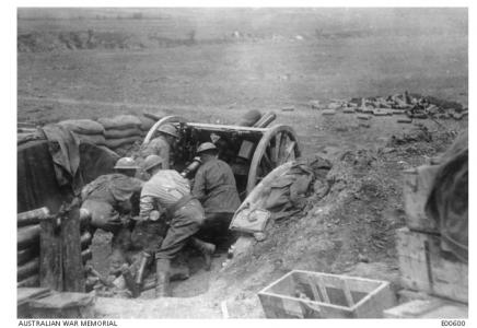 Australian Artillery, Bapaume area, Somme, Picardie, France. Photographer unknown, image source AWM E00600