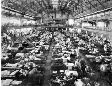 Casualties at 1st Auxiliary Hospital Heliopolis,  in the Luna Park Skating and Amusement Centre. Photographer unknown, photograph source  AWM H18510