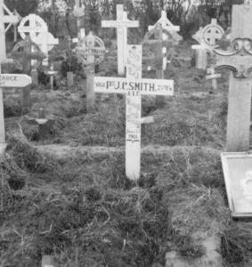 Franvillers Cemetery. Photo of grave of sapper F.L.Green top left. Photographer Glen Roy Barrington, source AWM J0035