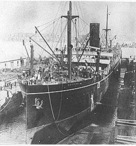 HMAS 'Berrima' under construction 1913. unsourced image Wikipedia