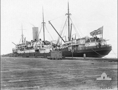 HMAT' Hororata' at Port Melbourne 1915. Photographer Josiah Barnes, photograph source AWM PB0437