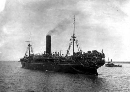 HMAT'Geelong' leaving outer harbour SA. Photographer unknown, photograph source  SLSA PRG 280 1 15 464