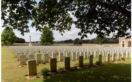 Heilly Station Cemetery, Mericourt, France. Photograph source CWGC