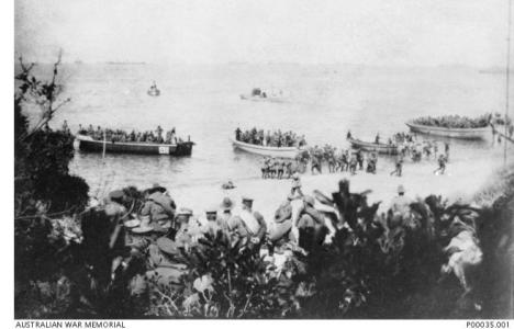 Landing at Gallipoli on the morning of 25.4.1915. Photographer A. Joyner, photograph source AWM P00035.001