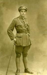 Lieut. F.R.  Bennett. Photographer unknown, photograph reproduced with permisson of C.Bennet