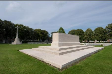 Meteren Military Cemetery. Photographer unknown, photograph source CWGC