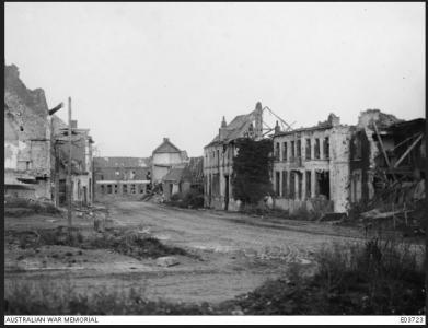 Ruins of Fleurbaix August 1916. Photographer unknown, photograph source AWM E0372