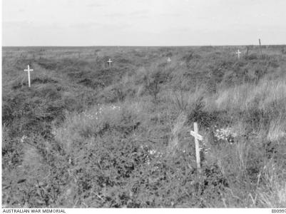 Scattered graves at Kay's Trench Pozieres 1917. Photographer unknown, photograph source AWM E0997