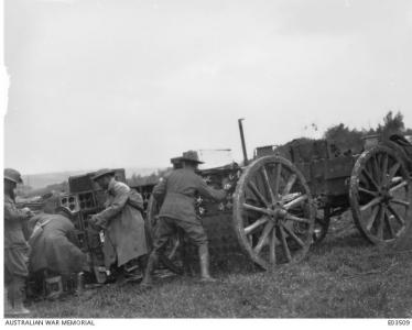 Soldiers from 14th FAB loading wagons near Hargicourt Oct.1918. Photographer unknown, photograph source AWM E03509
