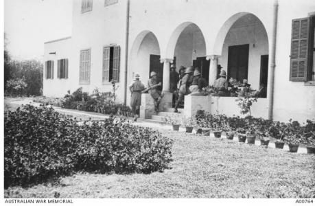Zeitoun School of Instruction-Officers' Mess 1915. Photographer unknown, photograph source A00764